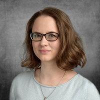 Dr Olga  Löblová